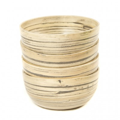 Set of 4 small natural black bamboo bowls. Bowl size: 17 x 17 x 7 cm